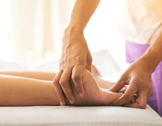 Massagens: clínicas e profissionais oferecem descontos entre 10% e 50%