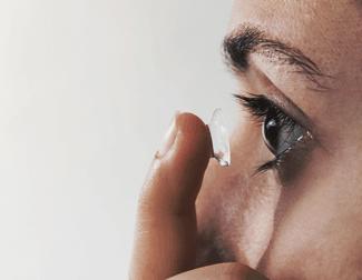 Lentes de contato: alternativa prática aos óculos